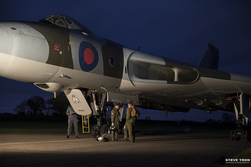 Avro Vulcan XM655   by Steve Tron