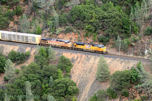 feather river canyon ca california western pacific union rails railroad locomotive train diesel