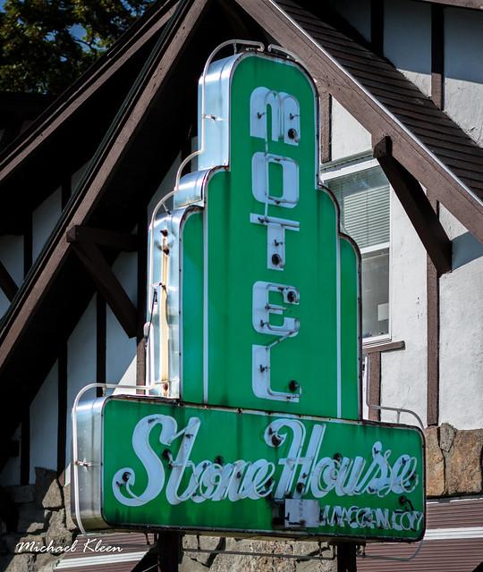 Stone House Motel