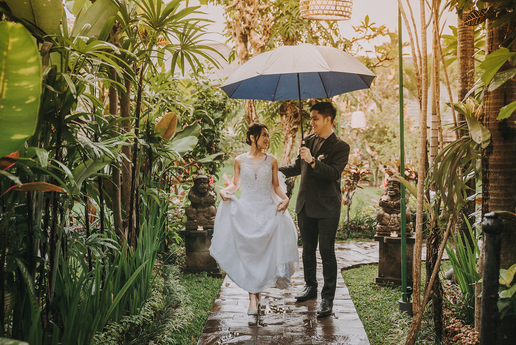 Paket foto wedding dan prewedding bali rias makeup gaun bridal jakarta surabaya murah