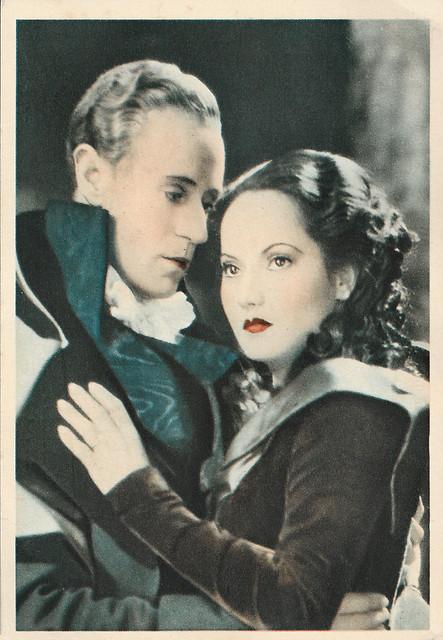 Leslie Howard and Merle Oberon in The Scarlet Pimpernel (1934)