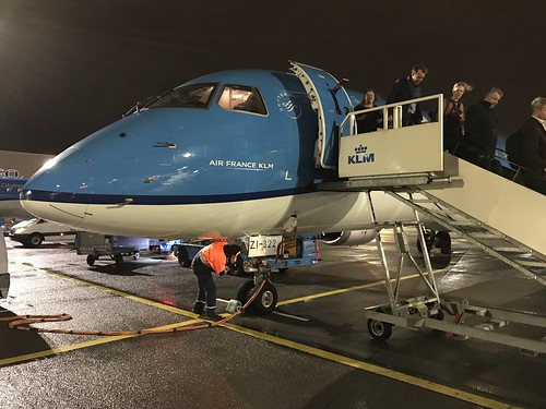 KLM's Embraer 190 reg. PH–EZI just've arrived from Prague | by ksxio