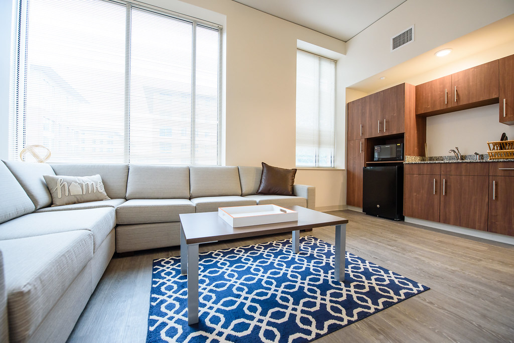 Four Person Apartment With Efficiency Kitchen Douthit Hill Flickr