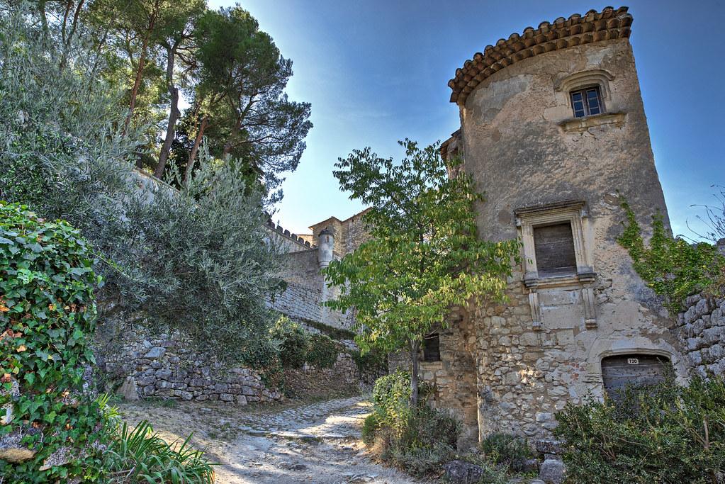 Oppède-Le-Vieux . Vaucluse. | - Oppède Le Vieux est un magni… | Flickr