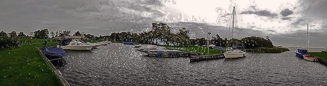 Little harbor of Oldeouwer in the rain* ... (164748856)