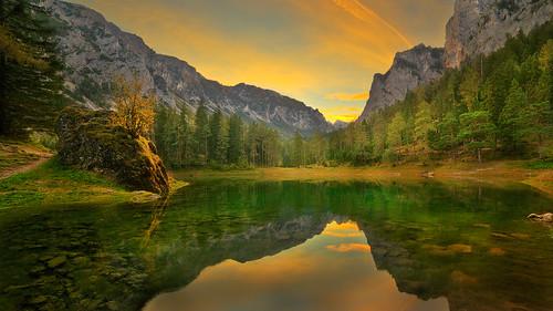 lake green emerald forest alps rocks mountains sunset nature landscape outdoor tragöss oberort grüner see