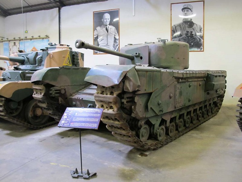 Churchill Mk VI 1