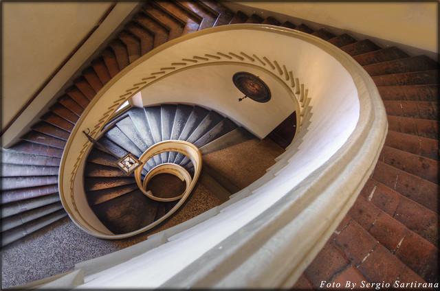 Bologna # 3   (Palazzo Isolani)