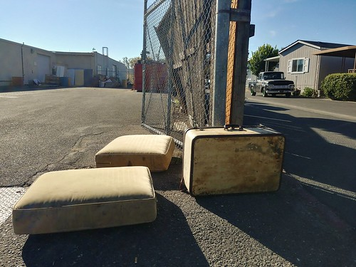 urban junk suitcase cushions couch sofa abandoned california street road ground ford truck old classic trailerpark city trash garbage clutter waste lg lgg6
