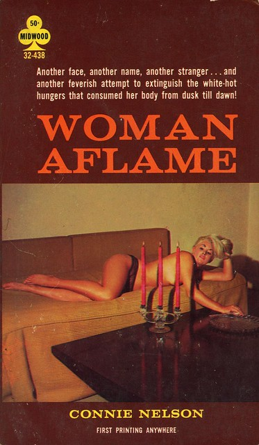 Midwood Books 32-438 - Connie Nelson - Woman Aflame