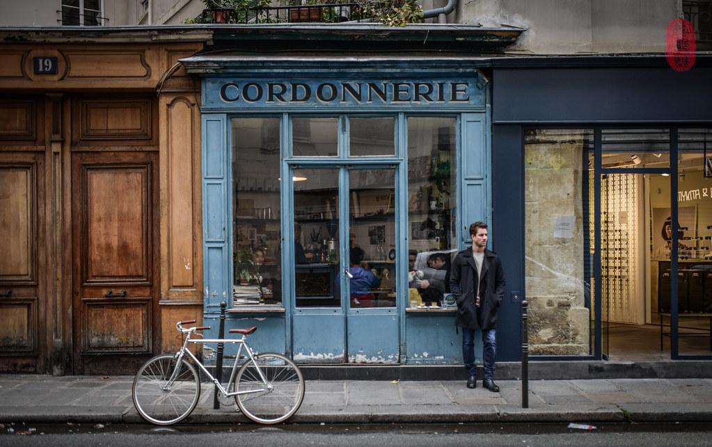 Boot Café   Boot Café Paris, France (October 5, 2017) the ul