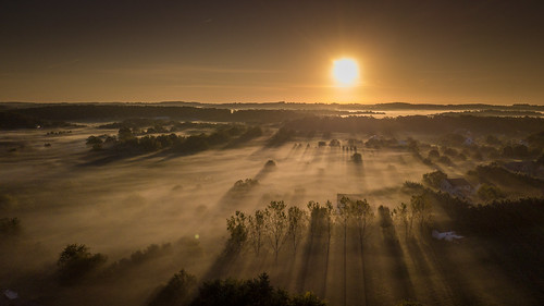 mountairy maryland unitedstates us fog sunrise houses home shadows sun drone mavic mavicpro dji sky landscape