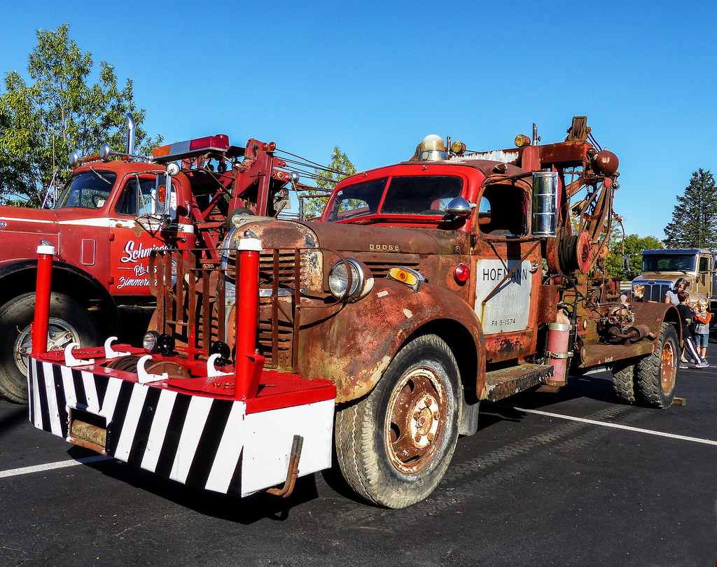 Old Dodge Trucks >> Tom S Rusty Old Dodge Tow Truck Midwest Regional Tow Show Flickr