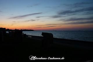 Sonnenuntergang an der Elbe in Cuxhaven | by Stilkollektiv