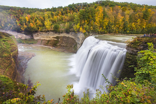 letchworth autumn fall letchworthstatepark geneseo mt morris upstatenewyork ny waterfall otoño automne agua cliff falaise longexposure sigma1020 canon60d
