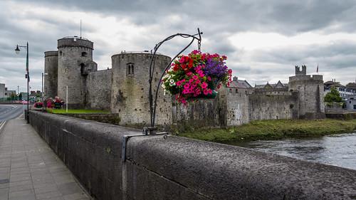 marcial bernabeu bernabéu irlanda ireland irlandes irish castle castillo rey juan king john limerick rio río shannon river marc