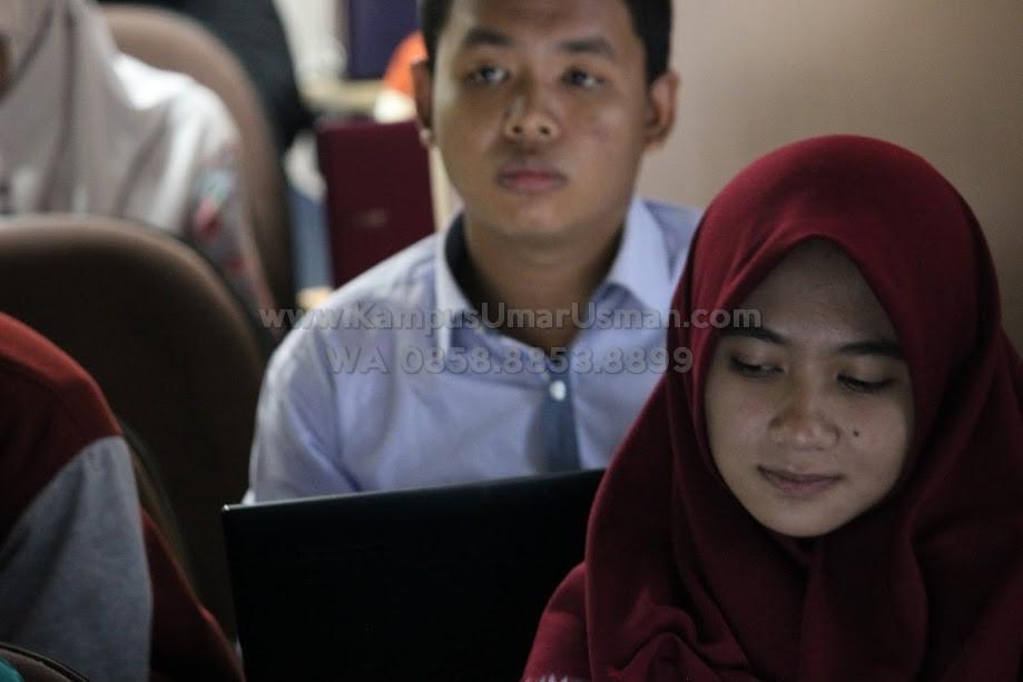 Sekolah Bisnis Terbaik di Jakarta_Kampus Bisnis Umar Usman (11)