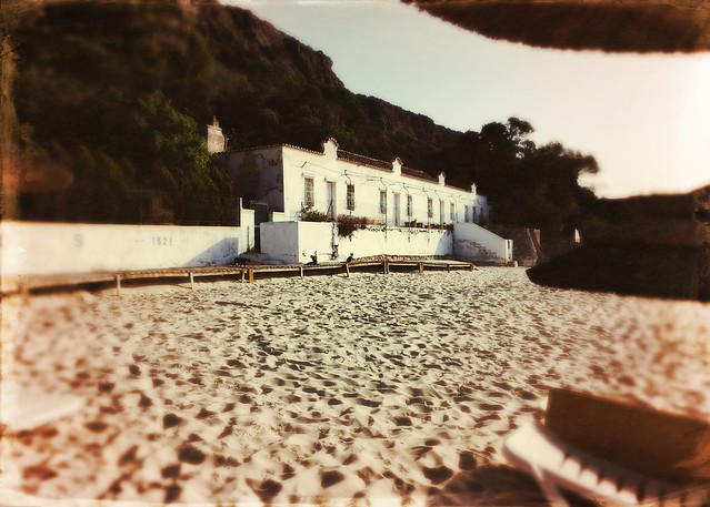 Beach with old house (Galapos)