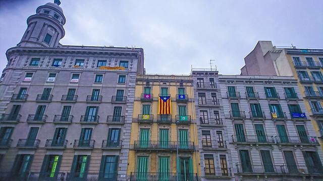 10. Mientras tanto en Cataluña...