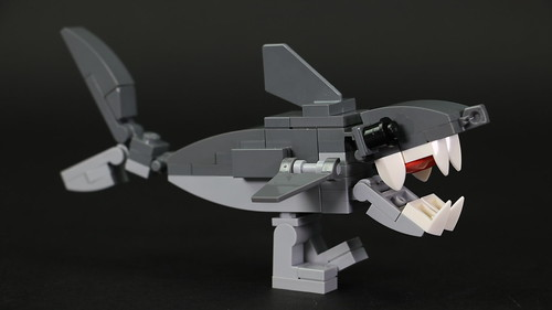 LEGO Legshark