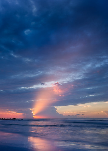 canon charleston follybeach southcarolina summer atmosphere beach beautiful blue clouds cloudscape color colour cool dreamy landscape light mood nature reflection sand sea seascape serene shore sky sunrise twilight water waves