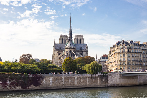Notre-Dame | by like / want / need