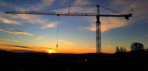 crane sunrise constructionwork