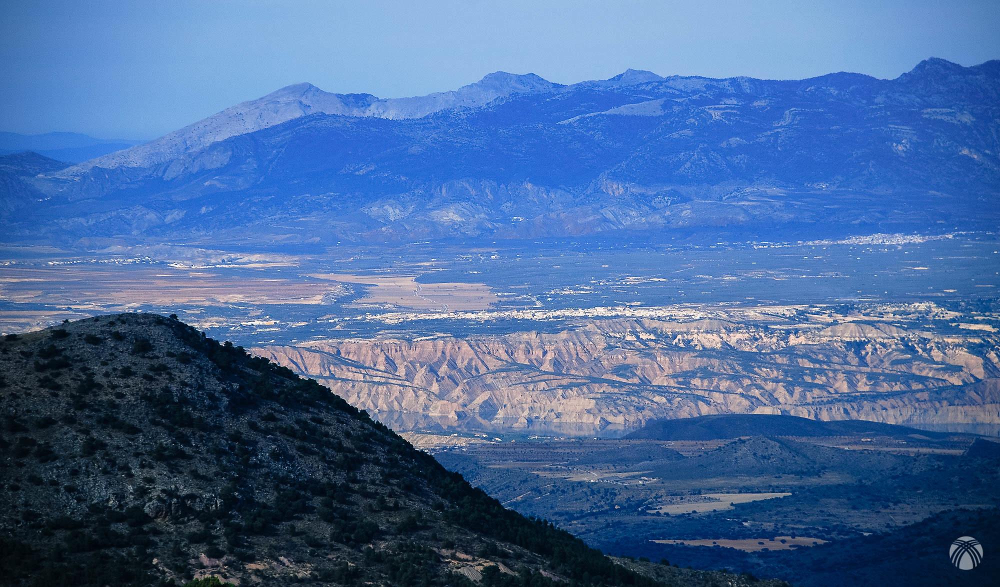 Hermosas vistas del Guadiana Menor y sus bad lands