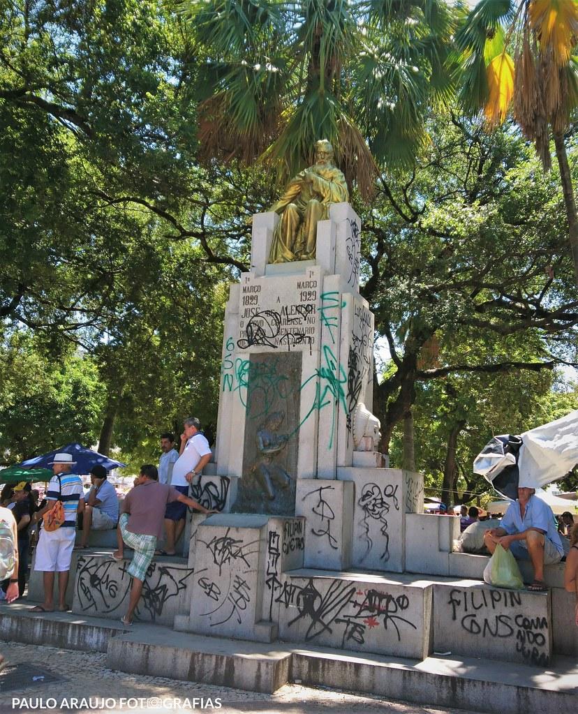 """Série """"EXPLORAÇÕES URBANAS"""" - Praça José de Alencar"""