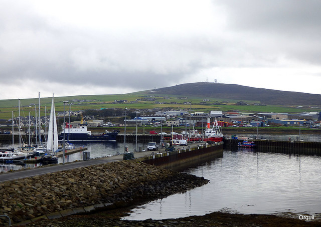 Wideford Hill Past Kirkwall Harbour