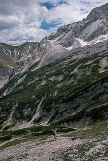 Lonely hiking | by knipslog.de