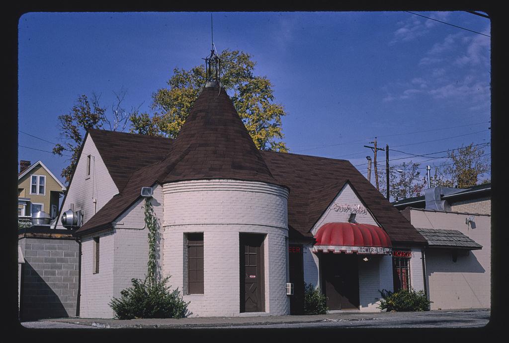 Old gas station (Tower-Lite Restaurant and Tavern), St. Joseph Avenue, Evansville, Indiana (LOC)