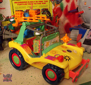 TEENAGE MUTANT NINJA TURTLES :: MIKE'S KOWABUNGA SURF BUGGY .. turns xiii (( 1991 )) | by tOkKa