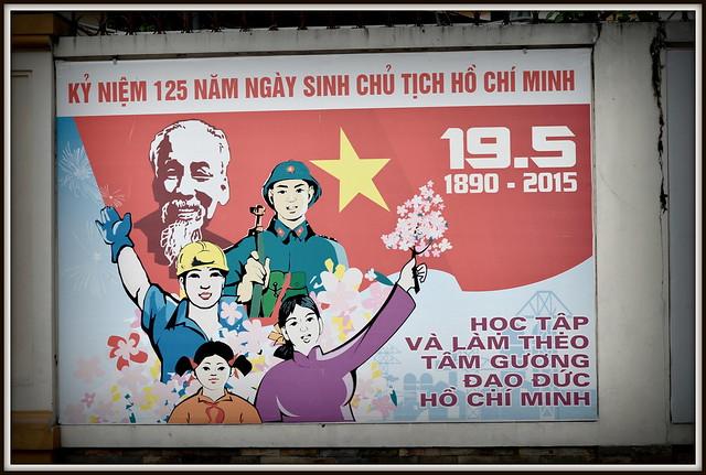 En 2015 au Vietnam c'etait l'anniversaire de la mort D' Ho Chi Minh....125 ans apres ca naissance .