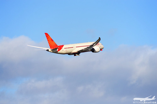 Air India – VT-ANR | by mitchulhope