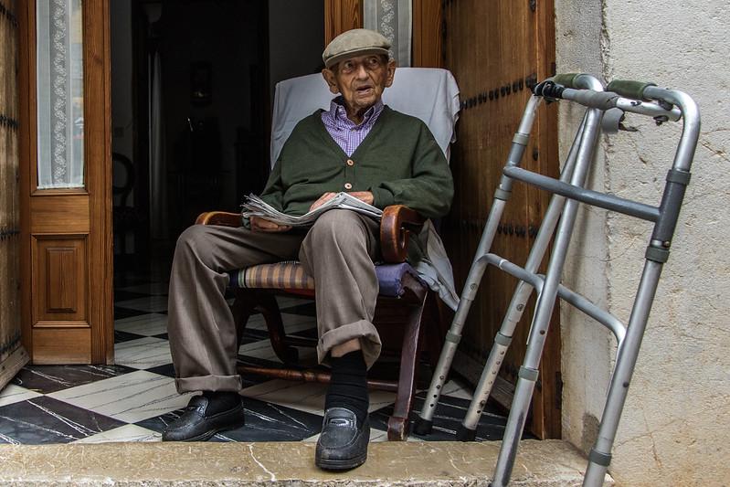 Old man in Mancor de la Vall