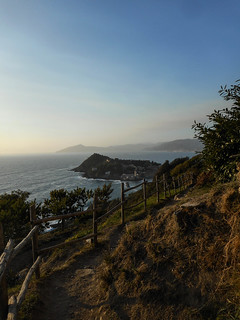 panorama verso la penisola   by SOTA Liguria