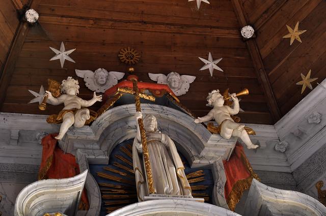 Oxelaëre, Nord, Flandre, Église St.-Martin, main altar, detail