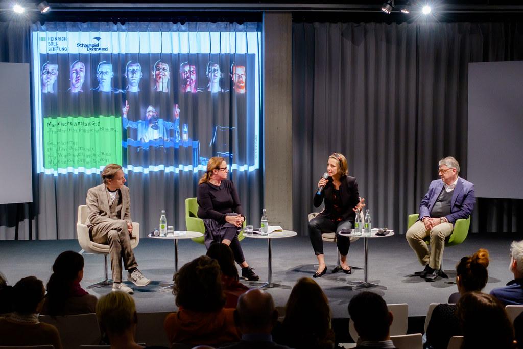 Kay Voges, Esther Slevogt, Ellen Ueberschär, Ulrich Khuon (v.l.n.r.)
