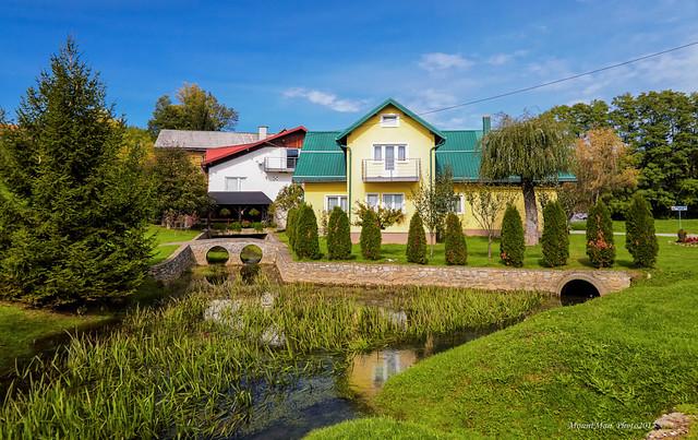 Iz sela Ribnik, gdje se nalazi utvrda (vaserburg) Ribnik