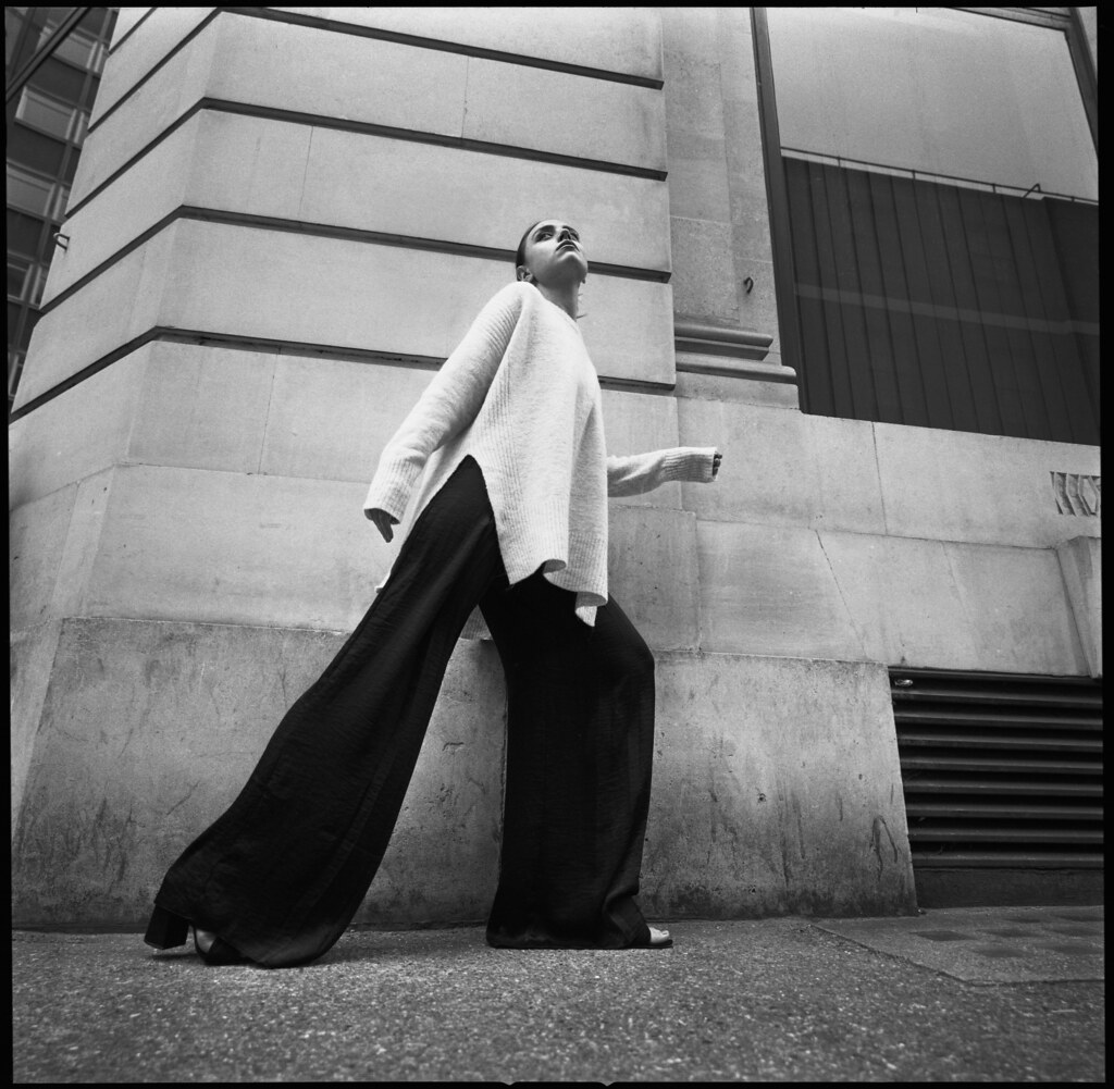 Hasselblad SWC Fashion | Shooting with Ruby in London with t