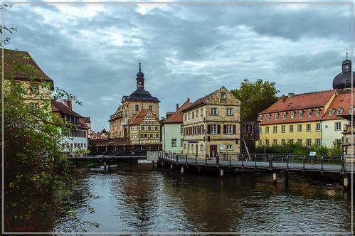 Bamberg, Blick auf das alte Rathaus und das Rottmeisterhäuschen | by Polybert49