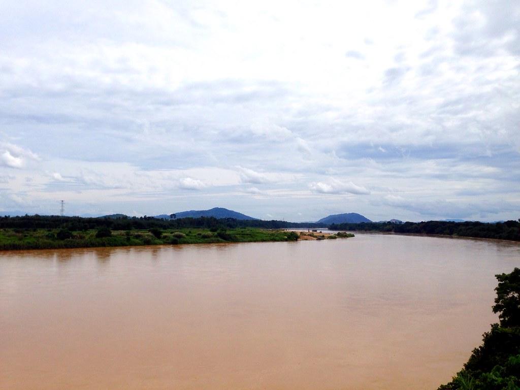 Sungai Kelantan adalah salah satu sungai utama di negeri K… | Flickr