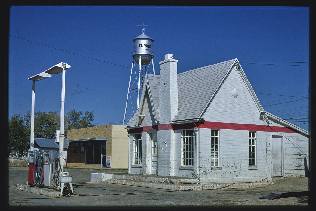 Phillips 66 gas station, Turkey, Texas (LOC)