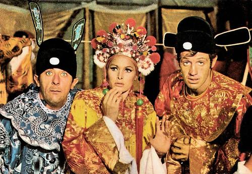 Jean Rochefort, Ursula Andress and Jean-Paul Belmondo in Les tribulations d'un Chinois en Chine (1965)