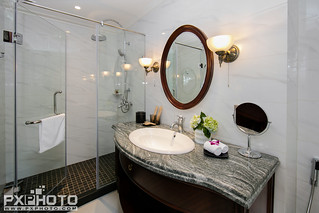 Executive Bathroom 1