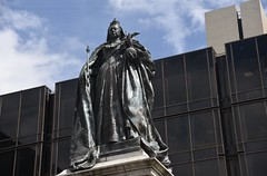 Queen Victoria, Guildhall Square