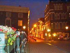 Amsterdam: Nieuwe Spiegelstraat southwards, by Keizersgracht