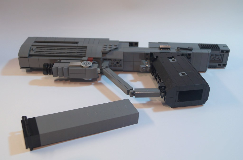 Lego Halo 3 ODST Magnum: Overview | Like my other M6 models