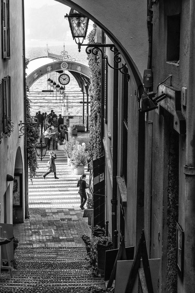 bellagio lake of Como ... black and white